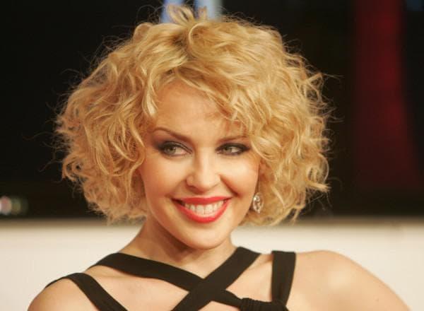 женские стрижки для кудрявых волос