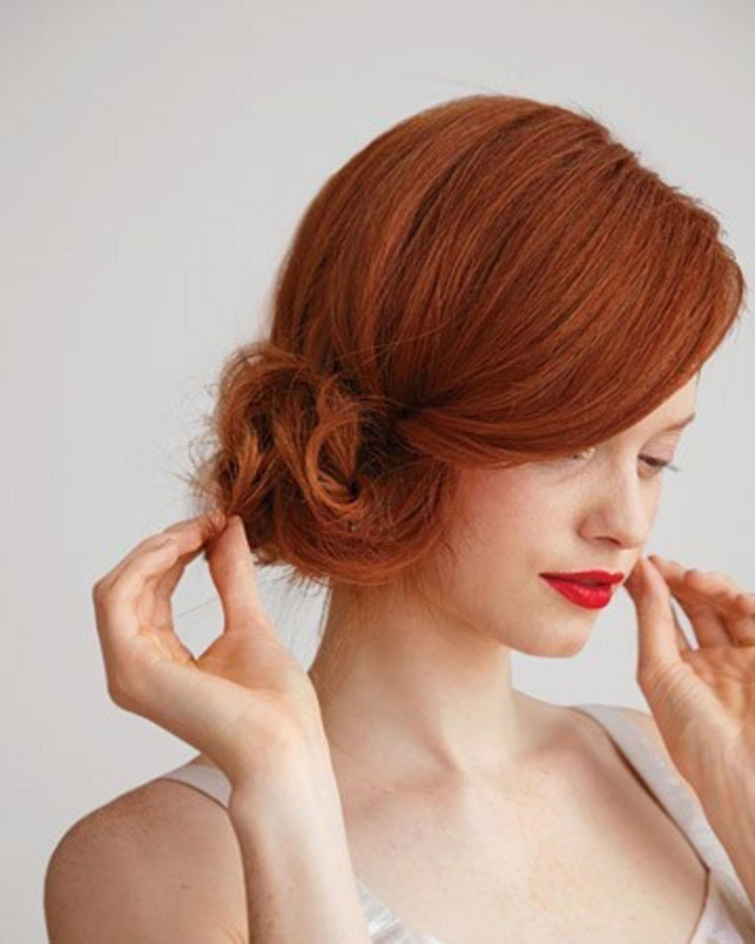 Как сделать причёску набок: красивые укладки с начёсом и кудрями на одну сторону