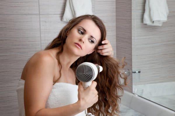 сухие волосы чем из увлажнить