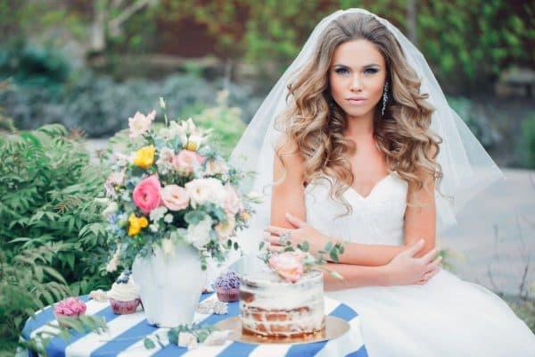 свадебная прическа локоны