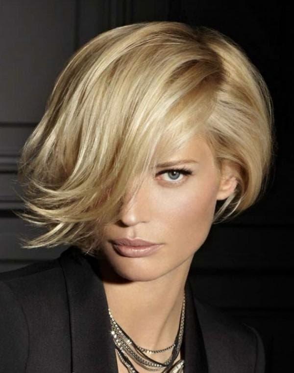 красивая укладка на средние волосы