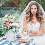 Свадебные прически с локонами