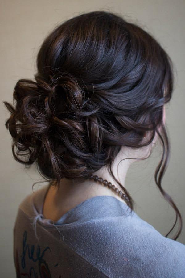высокие прически на средние волосы