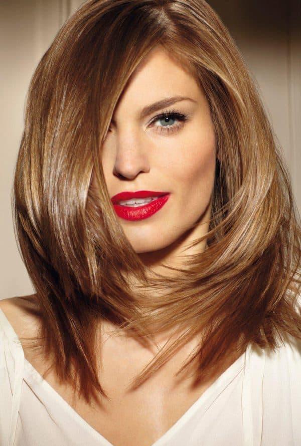 стрижка лесенка на средние волосы